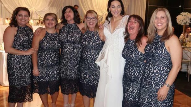 These Six Women Wore The Same Dress To A Wedding & Their Reactions Were Hilarious!