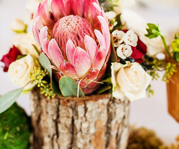 13 Lush Spring Wedding Decorations To Bring To Life Your: 5 Things Brides Forget For Their Rustic Weddings