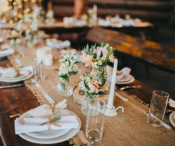 7 Barn Wedding Decoration Ideas For A Spring Wedding: 7 Pretty Decorations You Need For Your Rustic Wedding