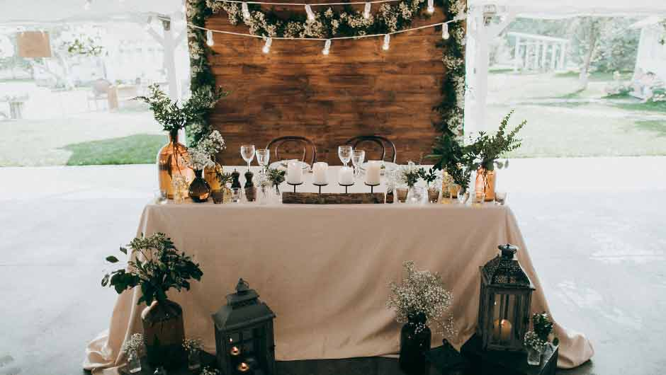 7 pretty decorations you need for your rustic wedding junglespirit Gallery