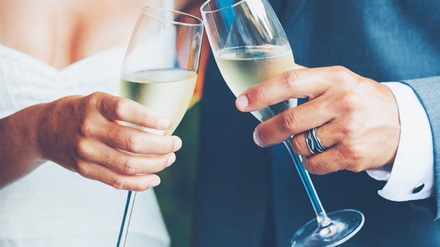 7 Mistakes Couples Make On Wedding Cocktails