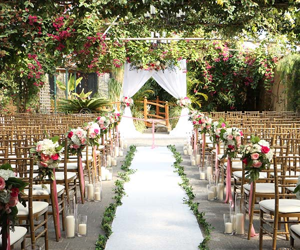 9 Questions Brides Forget To Ask Their Wedding Venues SHEfinds