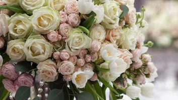 5 Things Brides Forget When Choosing Their Floral Arrangements