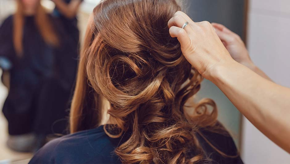 5 Things Every Bride Forgets When Choosing Her Hairstyle