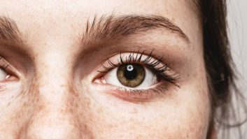 5 Ways To DIY Eyelash Growth For Longer, Stronger Lashes