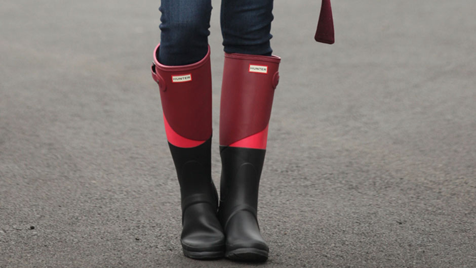 61b192708ad Where To Buy Hunter Boots On Sale Year Round - SHEfinds