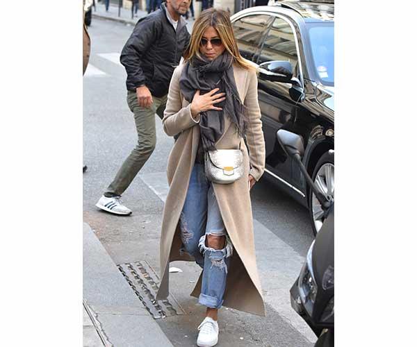 jen aniston jeans 3