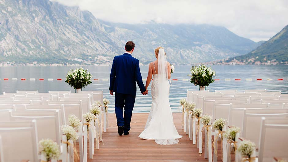 7 Questions Every Bride Should Ask Before Choosing An