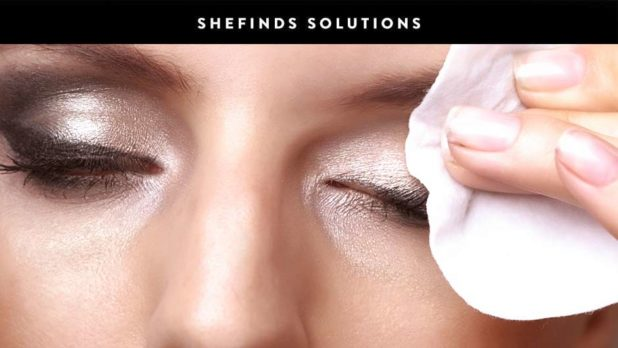Once And For All, Here's How To Take Off Eyeliner Without Scrubbing Your Eyelids