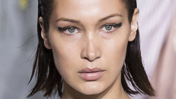 Ready To Try The Thumbprint Eyeliner Trend? These 4 Simple Steps Will Help