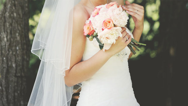 7 Things Every Bride Can Cut From Their Wedding Budget