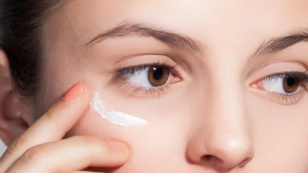 The One Anti-Aging Eye Cream You Should Use To Look 10 Years Younger