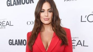 Um, Did Ashley Graham Not Realize That Her Dress Was See-Thru On The Red Carpet?