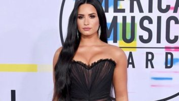 Um, Did Demi Lovato Not Realize Her Dress Was Completely See-Through?