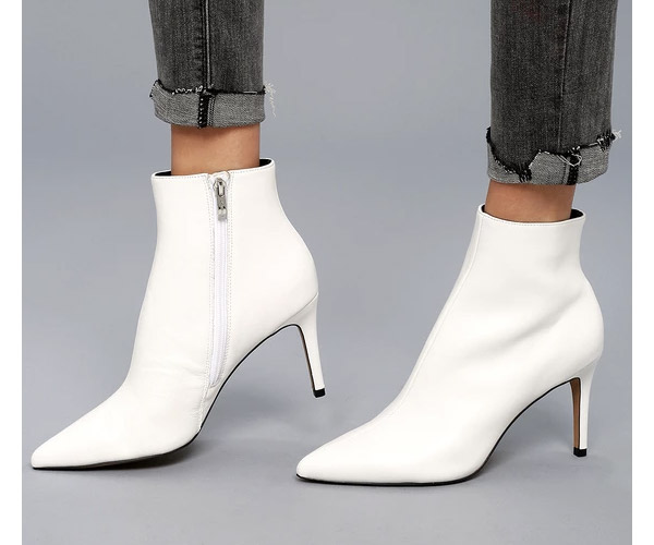 gifts for her white boots