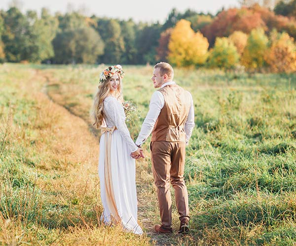 7 mistakes brides make when planning a fall wedding outdoors junglespirit Choice Image