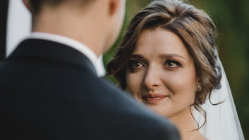 5 Mistakes Brides Always Make When Planning Their Vows