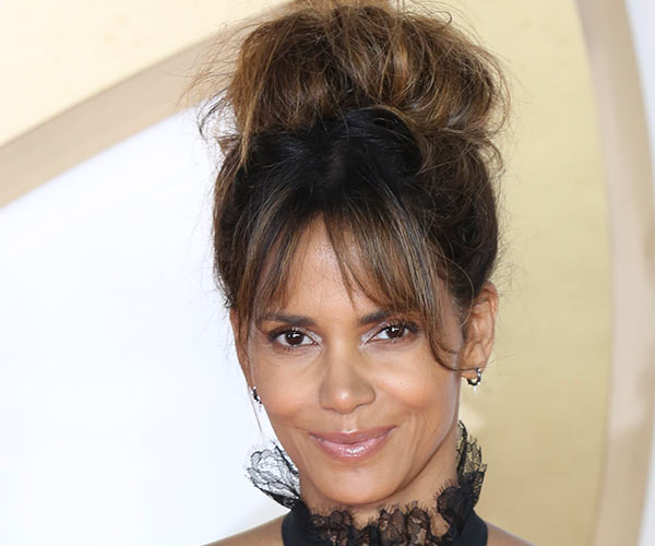 halle berry curtain bangs