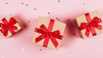 Here's How To Host A Re-Gift Swap Party (And Get The Presents You Actually Want!)