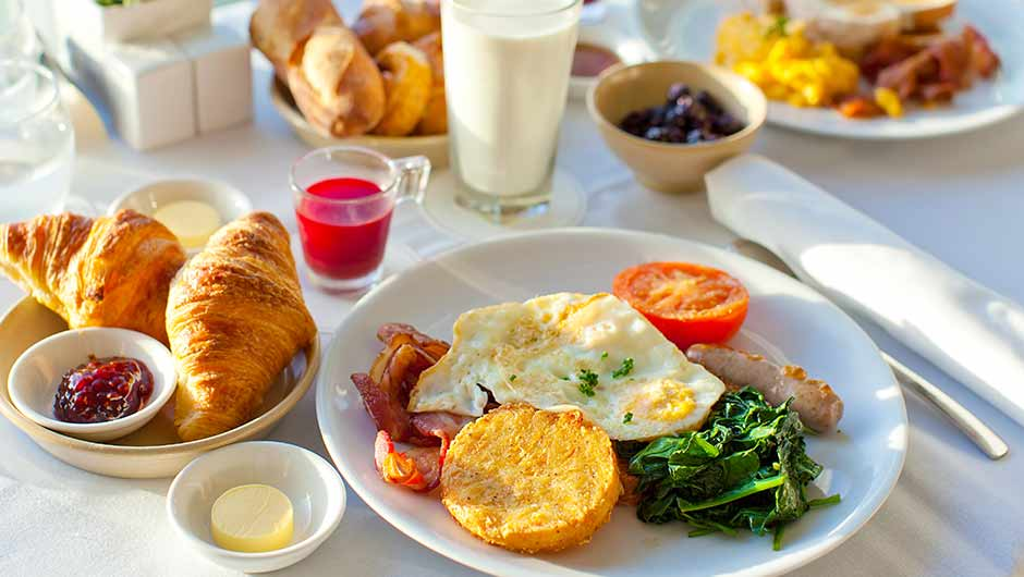 4 Breakfast Foods Everyone Should Stop Eating According To Nutritionists