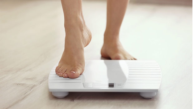 6 Lazy-Girl Weight Loss Hacks to Lose 6 Pounds Quickly