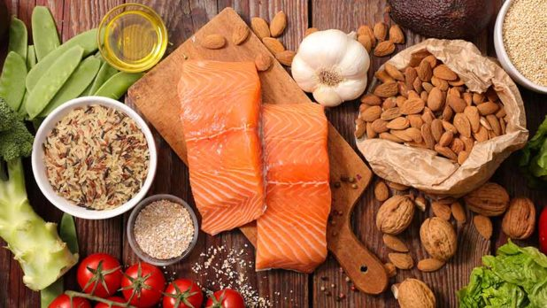 6 Anti-Inflammatory Proteins You Should Start Eating For Weight Loss, According To A Doctor