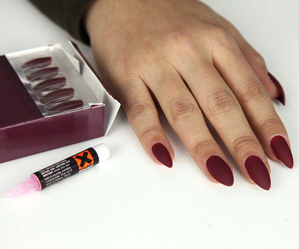 Static Nails press on manicure review