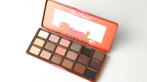 Beauty Pick Of The Week: Why I'm Obsessed Over The Too Faced Sweet Peach Eyeshadow Palette