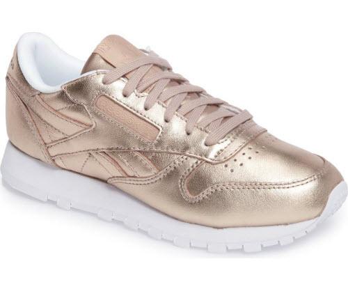 stort urval av 100% hög kvalitet AliExpress These Old School Sneakers Are Already Selling Out In 2018: Reebok ...