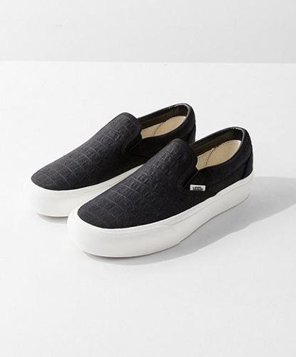 vans slip-on sneakers