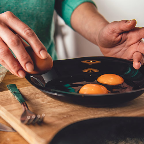 The One Ingredient You Should Add To Your Eggs To Speed Up Weight Loss
