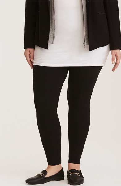 738b915e8d9 We Finally Found The Best Leggings For Curvy Girls (That Aren t See ...