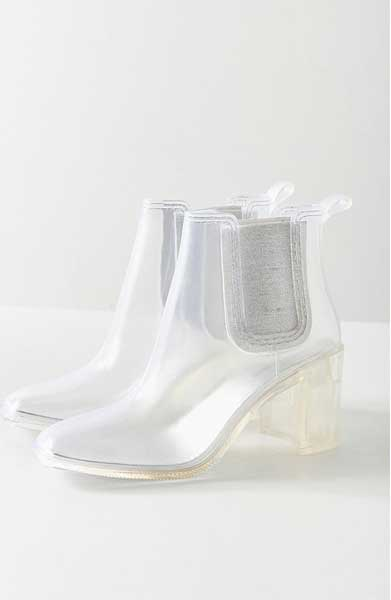 urban outfitters rain boots