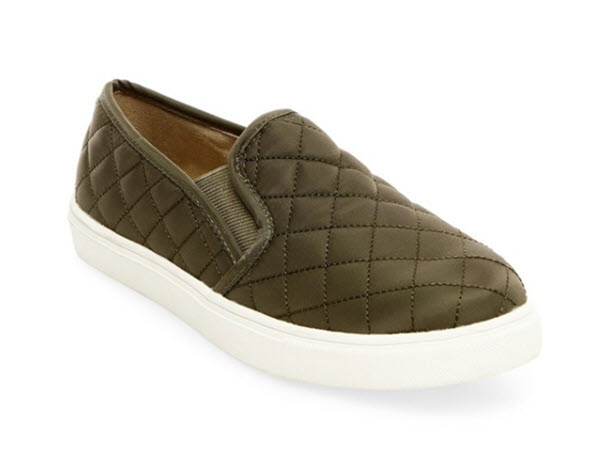 mossimo supply co. reese slip-on sneaker