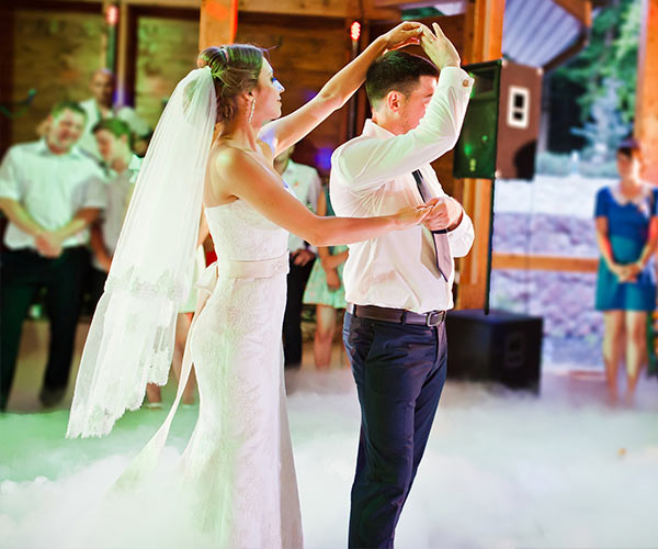 25 Questions You Should Always Ask Your Wedding DJ Or Band