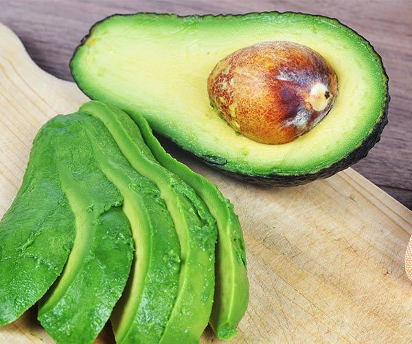 4 Detox Foods Celebs Swear By For Weight Loss