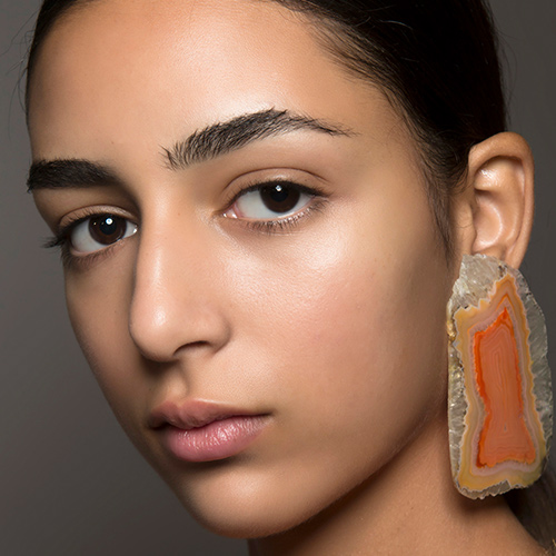 This Is How To Grow Out Your Eyebrows & Make Them Fuller ...