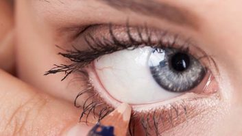 6 Life-Changing Eye Makeup Tricks Every Woman Should Know