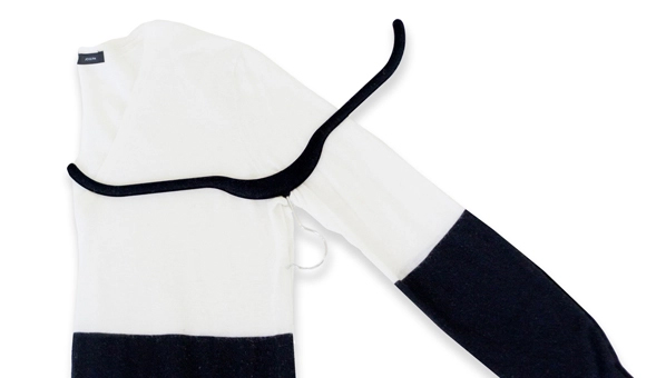 0627a4473 SheFinds Solutions: How To Prevent & Remove Hanger Bumps On Your Sweaters