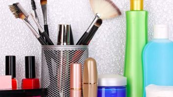 10 Spring Cleaning Hacks You Probably Didn't Think Of