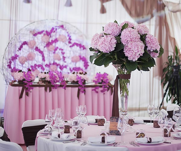 wedding with all lavender decor
