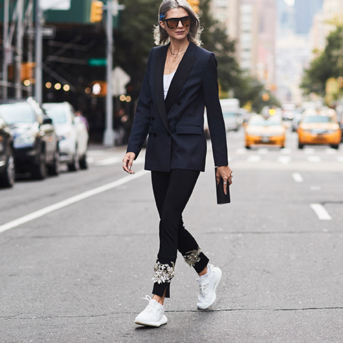 These Are The Best White Sneakers, According To Thousands Of Customer Reviews