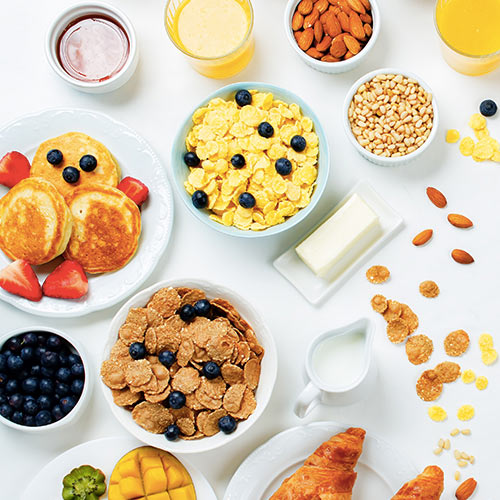 4 Anti-Inflammatory Breakfasts That Will Help You Get Flat Abs Fast, According To Nutritionists