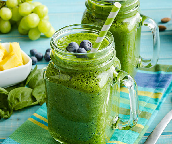 green smoothies in mason jar