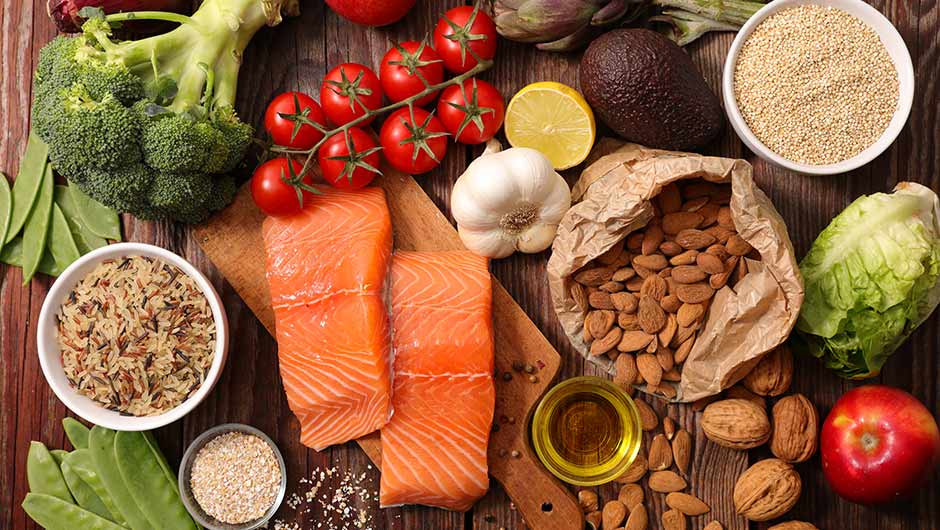 5 Foods Nutritionists Want You To Eat Every Day