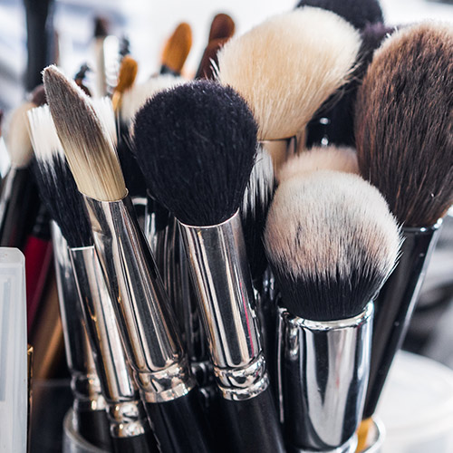 A Beginner's Guide To Every Makeup Brush What It's Used For