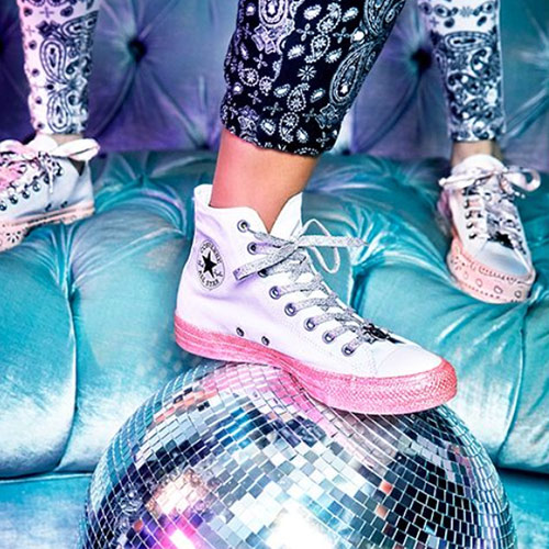 The Miley Cyrus x Converse Collection Is Here–  It s Already Selling ... 9abfe8e3f