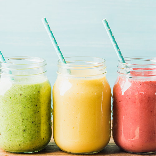5 Detox Smoothies To Make This Week For A Flat Stomach