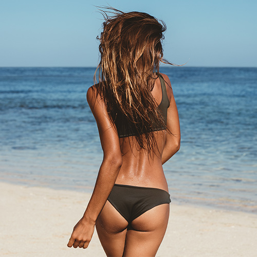 We Found The Most Comfortable Swimsuit Bottom That Won't Ride Up–EVER
