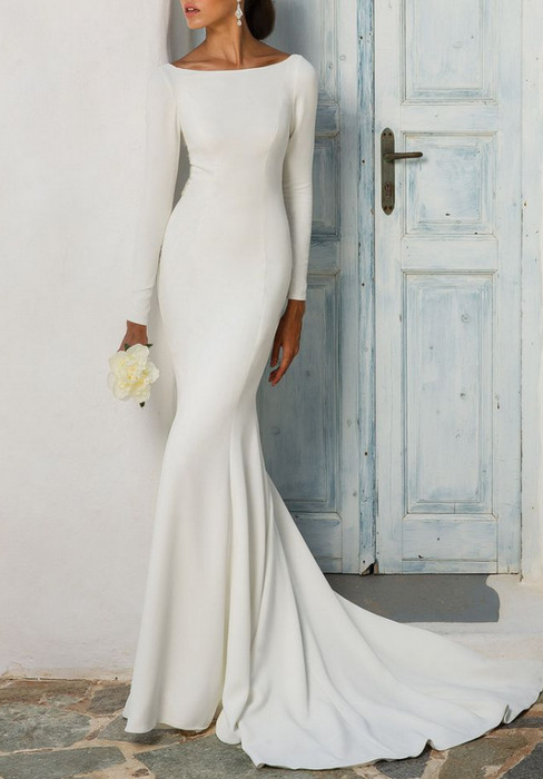 474450dffcd 6 Wedding Dresses That Look JUST LIKE Meghan Markle s Gown